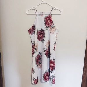 Dresses & Skirts - Floral Dress with Pockets